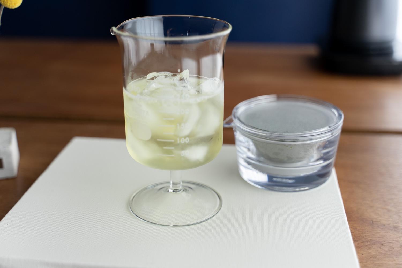 『透明急須』で急冷茶。