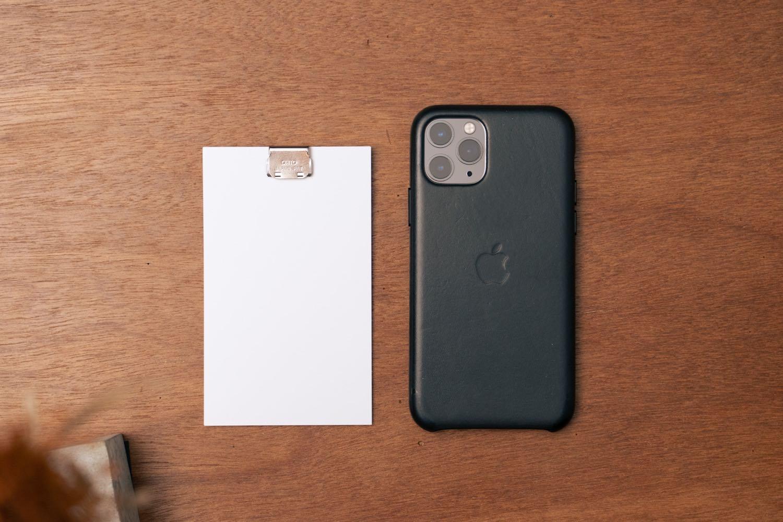 『LIFE 5×3カード(情報カード)』とiPhone11Pro