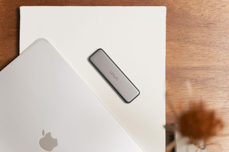 iPad Proを手軽に拡張する外部ストレージ。『VAVA 1TBポータブルSSD』レビュー。【PR】